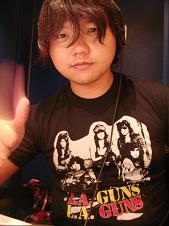 asato with L.A.Guns.JPG
